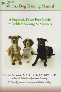 Book 100 ways to train the perfect dog
